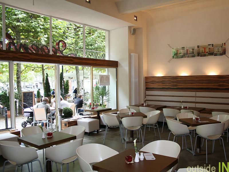 Cafe Degenhardt 50iger Jahre Fassade Ehemaliger Friseursalon Innenarchitektur Raumstimmung